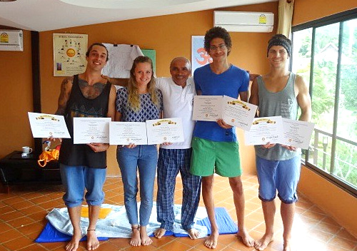 Sri Lanka: 200h Yoga Teacher Training and Hypnotherapy Diploma Course
