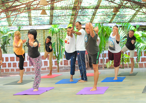 200hr Yoga alliance accredited YTT program